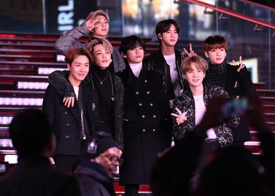 BTS tổ chức họp báo trực tiếp trước thềm ra mắt Map of The Soul: 7, tất cả các ARMY đều có thể xem!-3