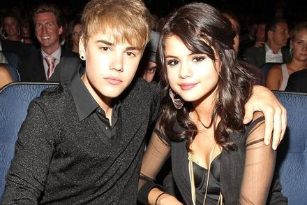 Justin Bieber thừa nhận đối xử tệ với Selena Gomez