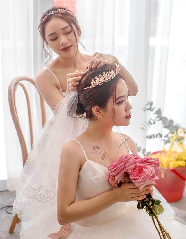 Trọn bộ ảnh cưới của cô chủ tiệm nail và bạn thân được dân tình hết lời khen ngợi-6