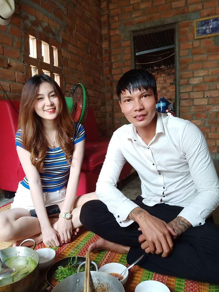 Cứ tưởng là một đôi, cặp đũa lệch đình đám làng Youtuber Việt làm ai cũng sốc khi tiết lộ quan hệ thật-2