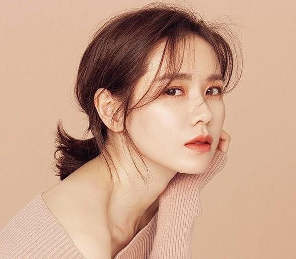 Son Ye Jin - ngọc nữ với những cảnh nóng để đời và tin đồn đồng tính-2