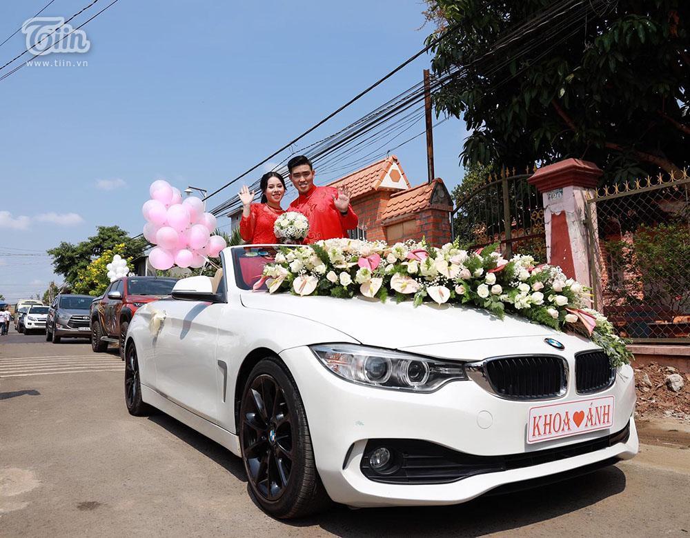 Bên trong đám cưới của cặp đôi được chị gái tặng 49 cây vàng: Tổ chức ở quê, ai nấy choáng váng khi thấy quà tặng-5
