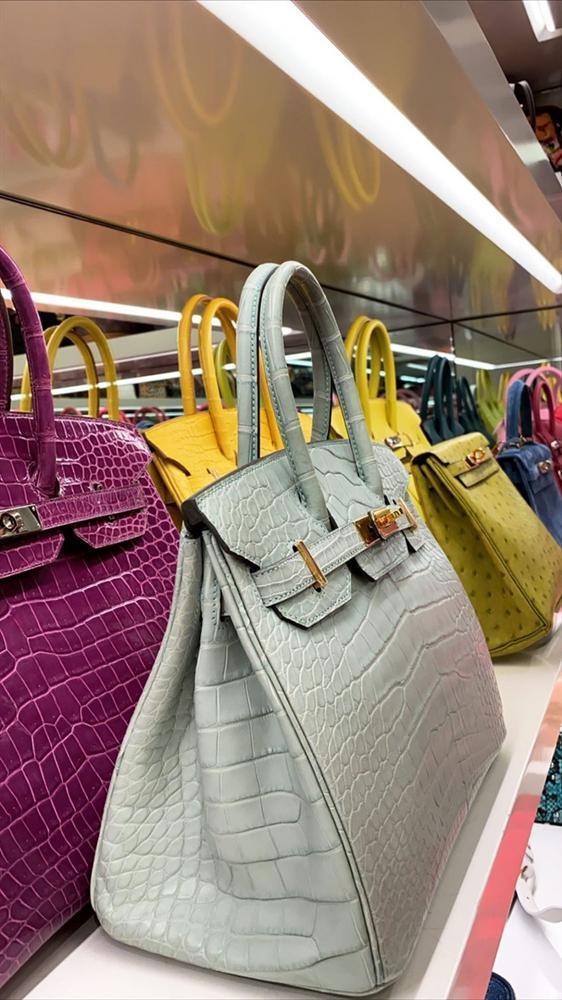 Kylie Jenner khoe 400 chiếc túi xách hàng hiệu-2