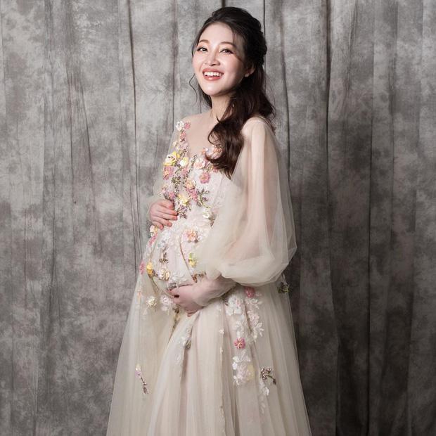 Cô dâu 200 cây vàng ở Nam Định đã sinh con, dung mạo em bé rich kid cũng được lộ diện?-4