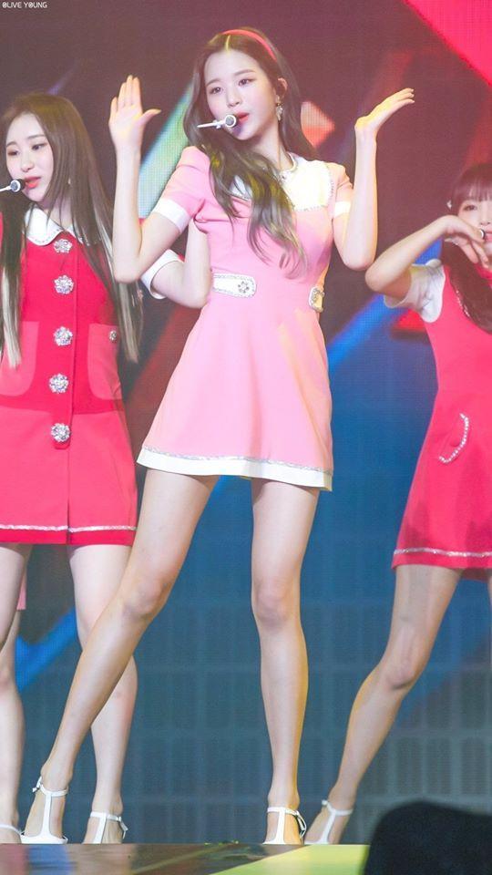 Chiêm ngưỡng đôi chân dài cực phẩm của sao nữ 16 tuổi đình đám xứ Hàn-2