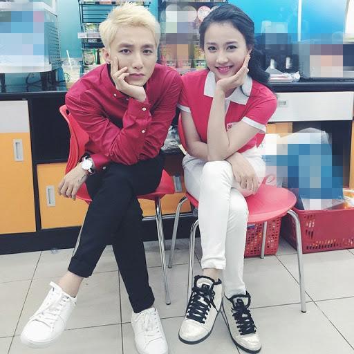 Tiến Linh liên tục thả thính hotgirl, diễn viên, có cả bạn gái Sơn Tùng M-TP-2