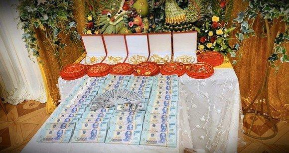 Cặp đôi nhận hồi môn 2,5 tỷ và 49 cây vàng: Chị gái chú rể cũng tặng em số tiền đáng nể-4