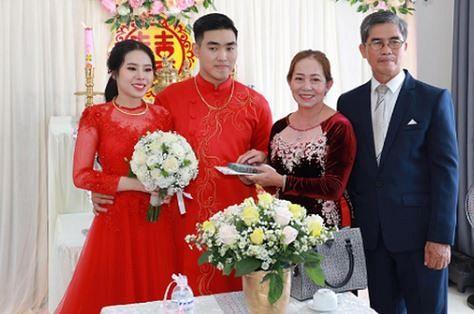 Cặp đôi nhận hồi môn 2,5 tỷ và 49 cây vàng: Chị gái chú rể cũng tặng em số tiền đáng nể-5