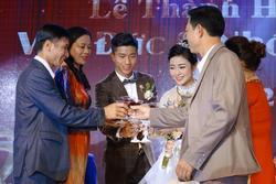 Chưa đầy 1 tháng lấy chồng, vợ Phan Văn Đức tiết lộ đang phải ở nhà bố mẹ đẻ khiến ai cũng bất ngờ