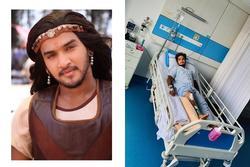 'Hoàng tử vũ công' của Bollywood chấn thương nghiêm trọng khi ngã ngựa trên phim trường