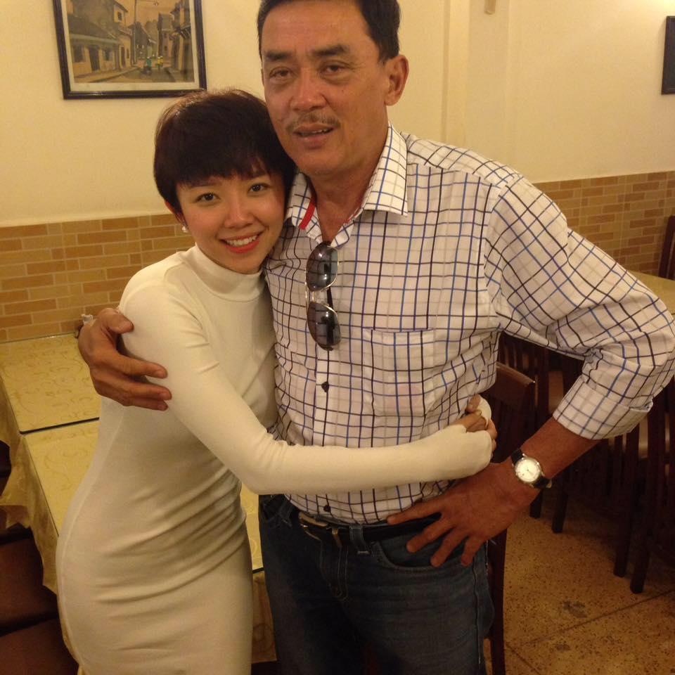 Ai cũng hồi hộp chờ đợi đám cưới của Tóc Tiên nhưng phụ huynh lại đích thân lên tiếng phủ nhận-4
