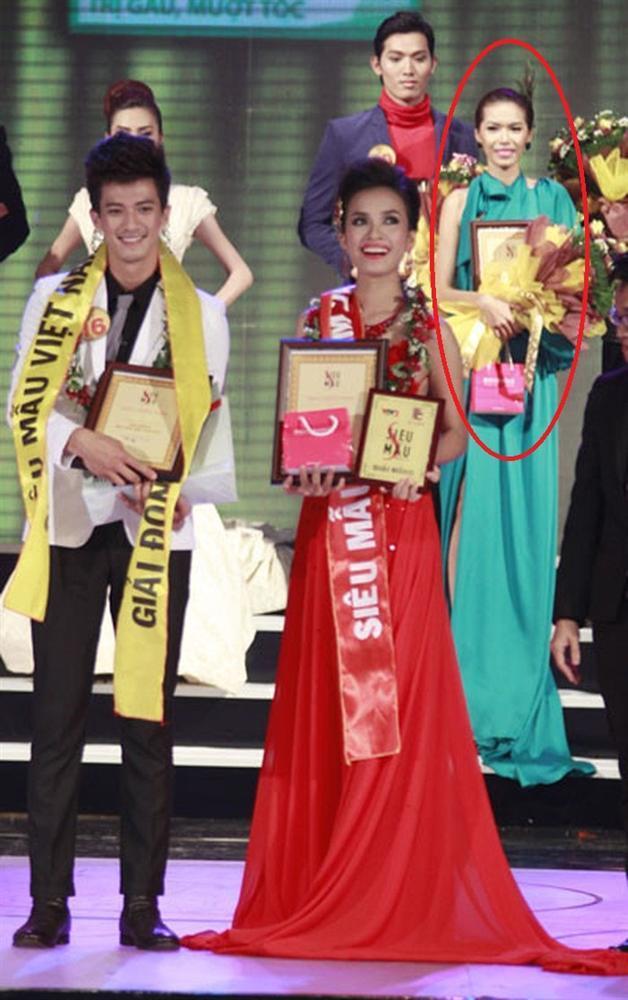 Uyên Linh - Minh Tú - Khánh Vân: Chật vật tham dự 1 cuộc thi tới 2 lần mới đoạt giải cao-5