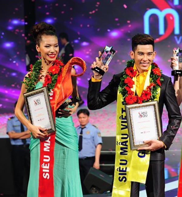 Uyên Linh - Minh Tú - Khánh Vân: Chật vật tham dự 1 cuộc thi tới 2 lần mới đoạt giải cao-9