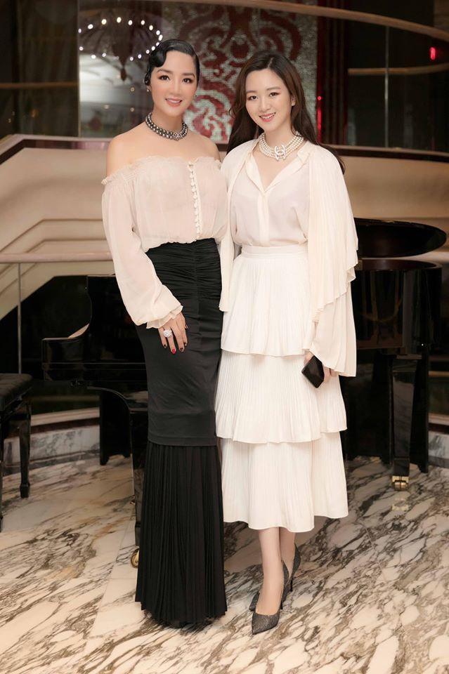 Những ái nữ xinh đẹp, sành điệu của các đại gia Việt-4
