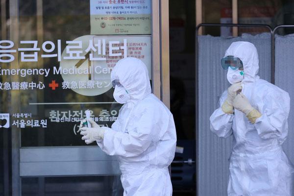 Nóng: Đã có 82 người nhiễm virus corona tại Hàn Quốc, 23 trường hợp do bệnh nhân siêu lây nhiễm gây ra-1