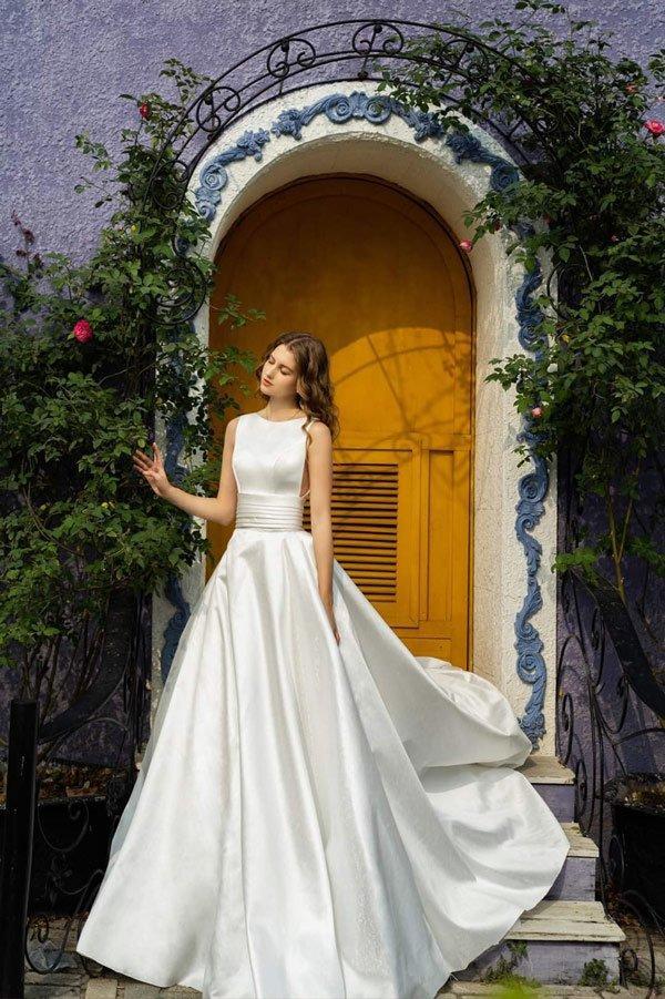 Tóc Tiên lấy chồng bí mật là thế mà vẫn không giấu nổi tung tích chiếc váy cưới vừa đẹp vừa sang!-7