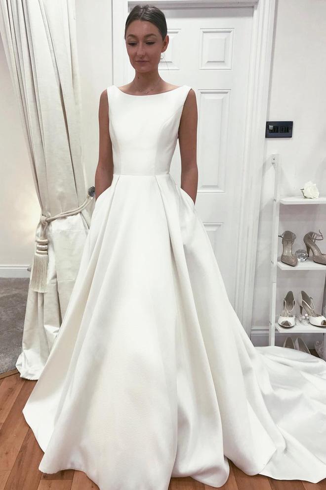 Tóc Tiên lấy chồng bí mật là thế mà vẫn không giấu nổi tung tích chiếc váy cưới vừa đẹp vừa sang!-10