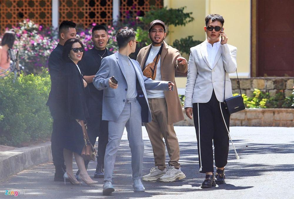 Dàn sao trẻ dự lễ cưới Tóc Tiên - Hoàng Touliver ở Đà Lạt-2