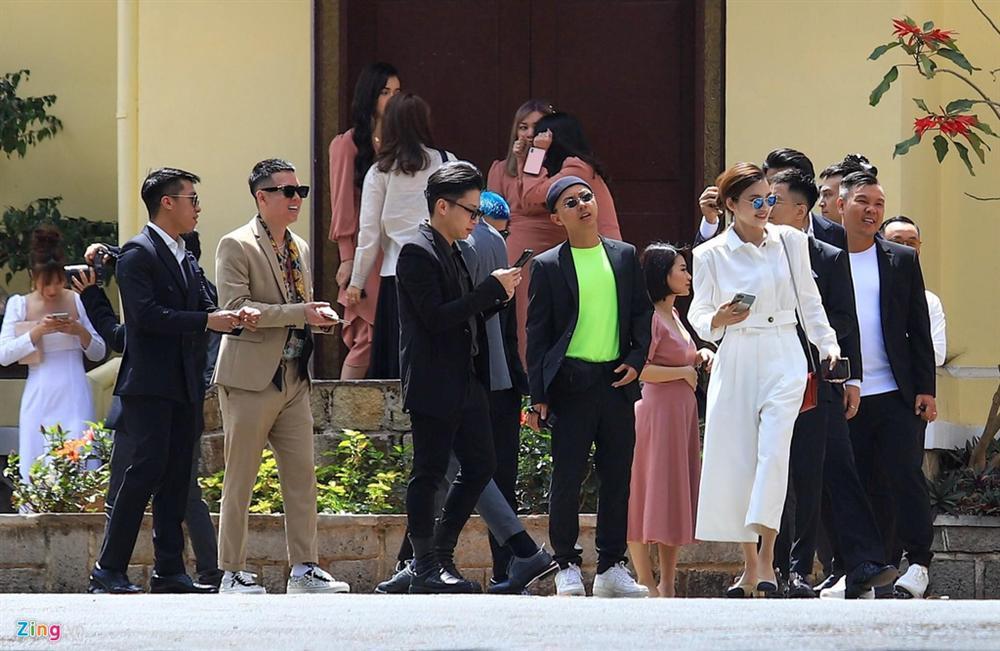 Dàn sao trẻ dự lễ cưới Tóc Tiên - Hoàng Touliver ở Đà Lạt-5