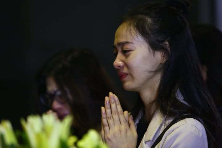 Nước mắt không ngừng rơi trong tang lễ NSƯT Vũ Mạnh Dũng-7