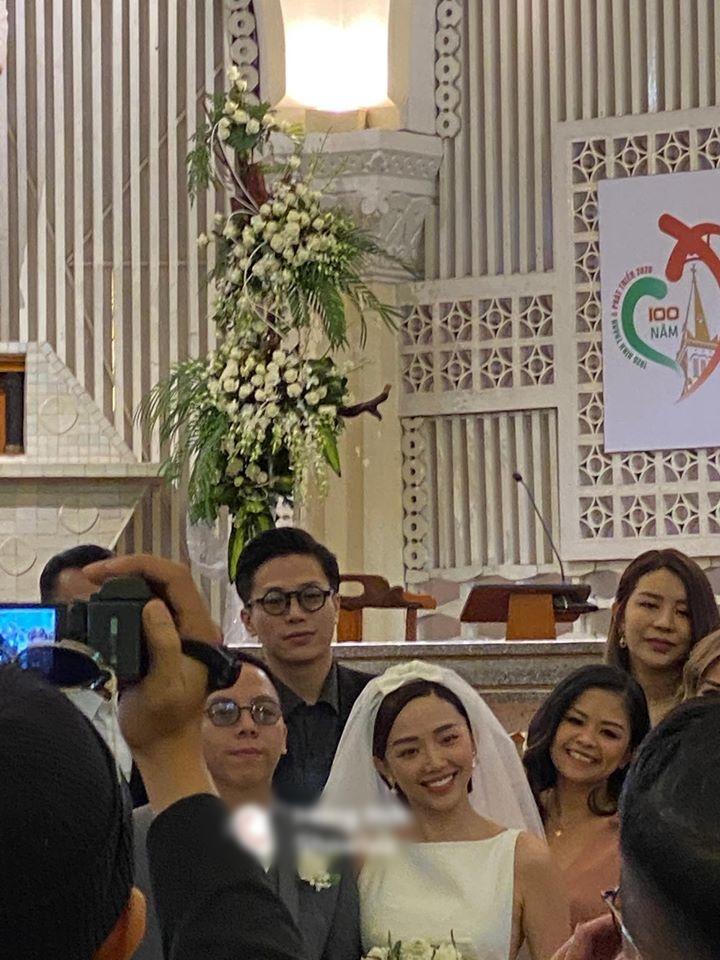 Soobin Hoàng Sơn phá tan dàn phù dâu phù rể trong đám cưới Tóc Tiên - Hoàng Touliver vì sai dress code-1
