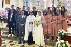 Soobin Hoàng Sơn phá dàn phù dâu phù rể trong đám cưới Tóc Tiên - Hoàng Touliver vì sai dress code