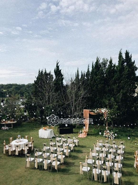 Tiệc cưới Tóc Tiên - Hoàng Touliver: Cô dâu mặc váy cực xinh, chú rể rưng rưng nước mắt-3