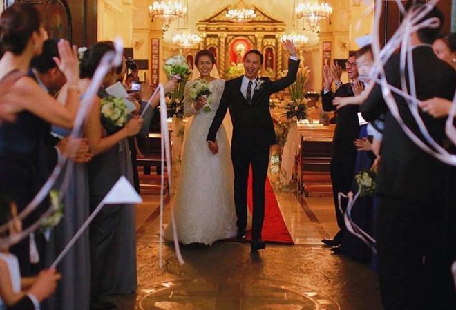 Tóc Tiên - Hoàng Touliver và những hôn lễ bí mật trong showbiz Việt-10