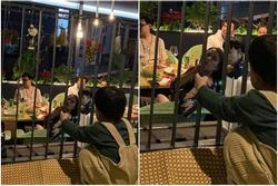 Hoàng Thùy Linh - Gil Lê dính nhau như sam khi đi ăn cùng bạn bè