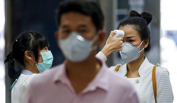Bệnh nhân siêu lây nhiễm thực sự là gì và mối nguy họ mang lại khi dịch virus corona Covid-19 đang lây lan?-3