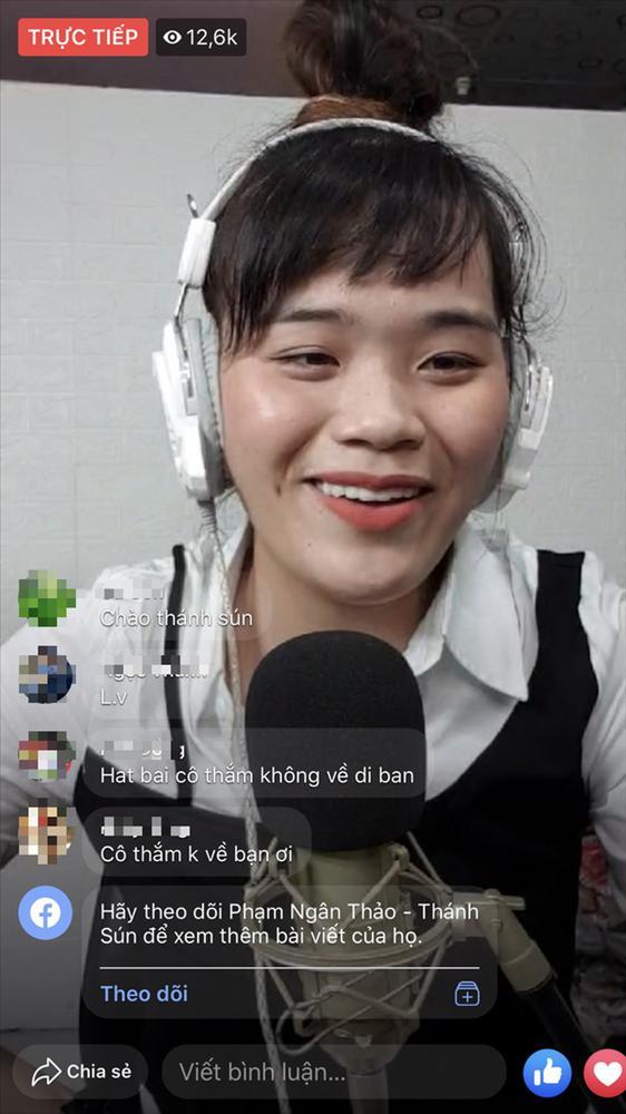 Khoe sương sương hát karaoke, ai cũng thích thú trước ngoại hình thánh sún Ngân Thảo sau khi làm răng-2