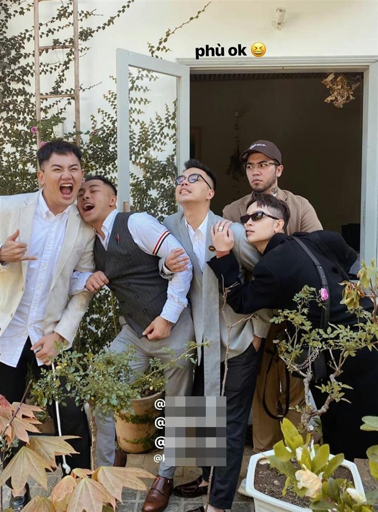 Khách mời quậy banh nóc trong hậu trường đám cưới Tóc Tiên - Hoàng Touliver-6