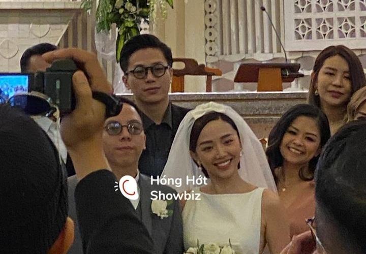 Khách mời quậy banh nóc trong hậu trường đám cưới Tóc Tiên - Hoàng Touliver-1
