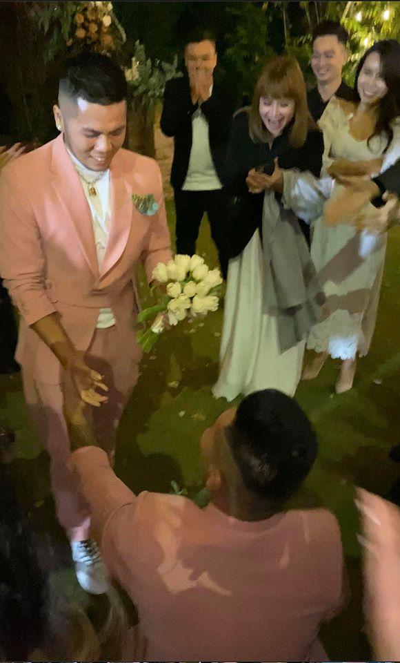 Khách mời quậy banh nóc trong hậu trường đám cưới Tóc Tiên - Hoàng Touliver-12