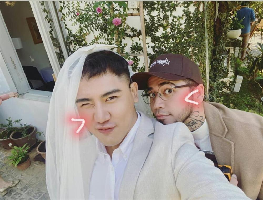 Khách mời quậy banh nóc trong hậu trường đám cưới Tóc Tiên - Hoàng Touliver-9