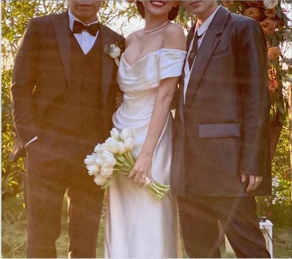 Sau hôn lễ bí mật, Tóc Tiên và ông xã lần đầu để lộ nhẫn cưới-1