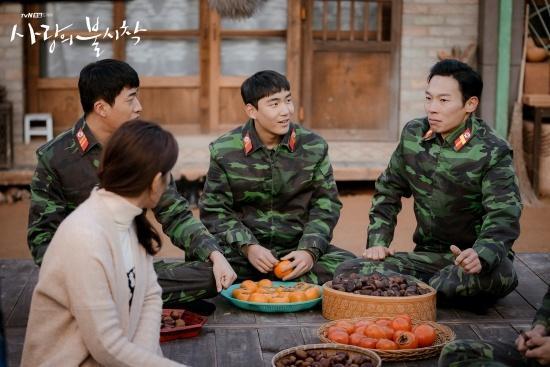 Hậu trường chưa kể về Hyun Bin, Son Ye Jin ở Hạ cánh nơi anh-3