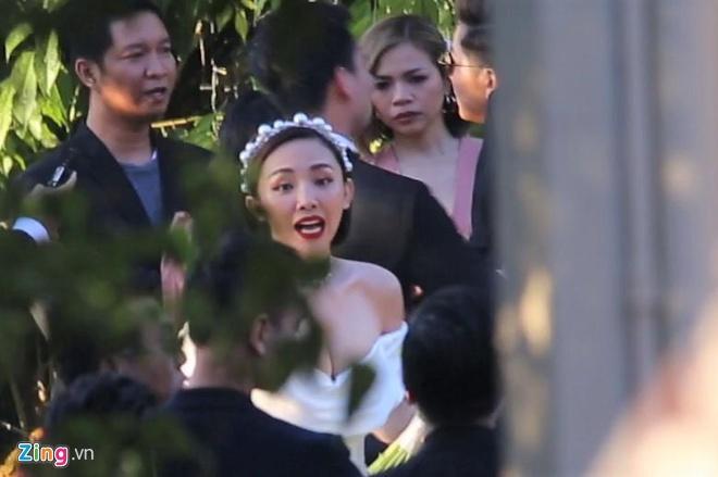 Váy cưới giá 8.600 USD của Tóc Tiên-2