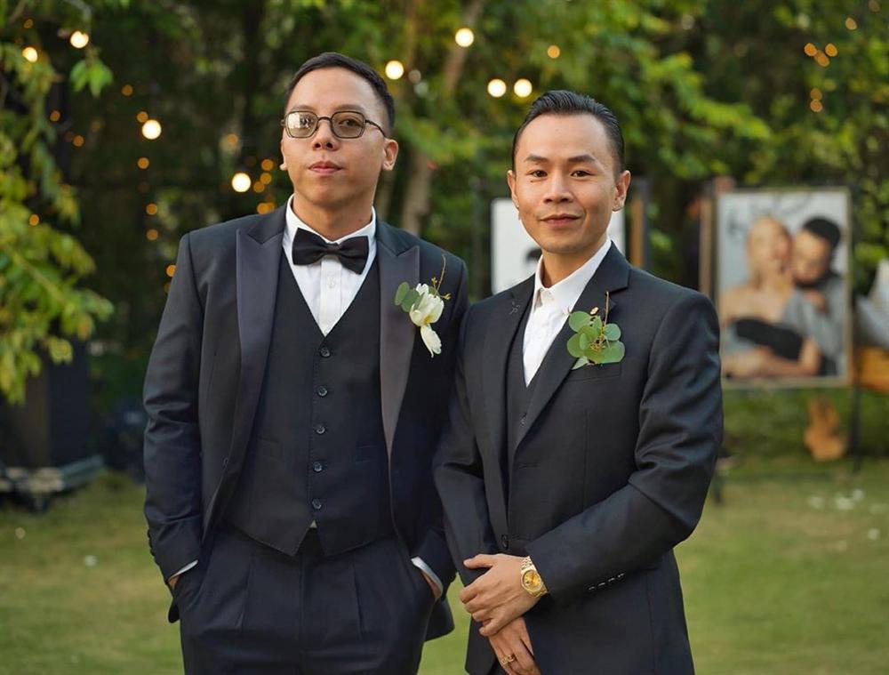 Hết hồn với Hoàng Touliver: Vừa xong đám cưới với Tóc Tiên liền cạo đầu dàn anh em chí cốt-2
