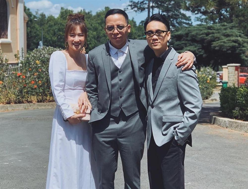Hết hồn với Hoàng Touliver: Vừa xong đám cưới với Tóc Tiên liền cạo đầu dàn anh em chí cốt-1