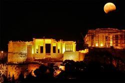 Sự biến đổi trong một ngày của thành cổ ở Hy Lạp