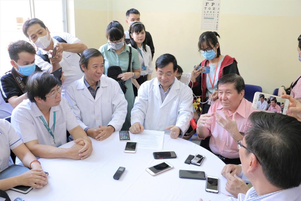 Liều thuốc giúp Việt kiều Mỹ hết nhiễm virus corona-3