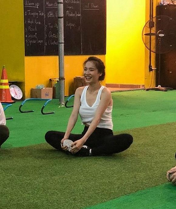 Nhã Phương ám ảnh về cân nặng đến mức nhảy dây hùng hục trong hậu trường quay phim-6