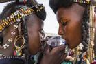 Lễ hội kỳ lạ: Phụ nữ có chồng vẫn được chọn trai đẹp vui vẻ 7 ngày đêm