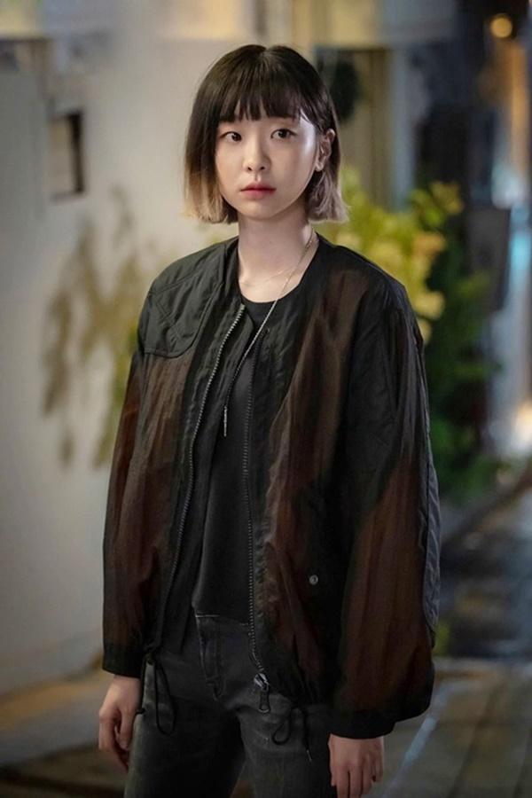 Đâu chỉ cá tính, nữ chính phim Itaewon Class còn sở hữu bộ sưu tập đồ hiệu khiến ai nấy phải trầm trồ-3