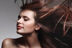 Những món ăn sẽ giúp bạn có một mái tóc vừa khỏe vừa đẹp