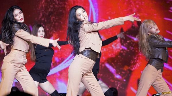 Các nữ idol Kpop đang bị đối xử bất công như thế nào?-6
