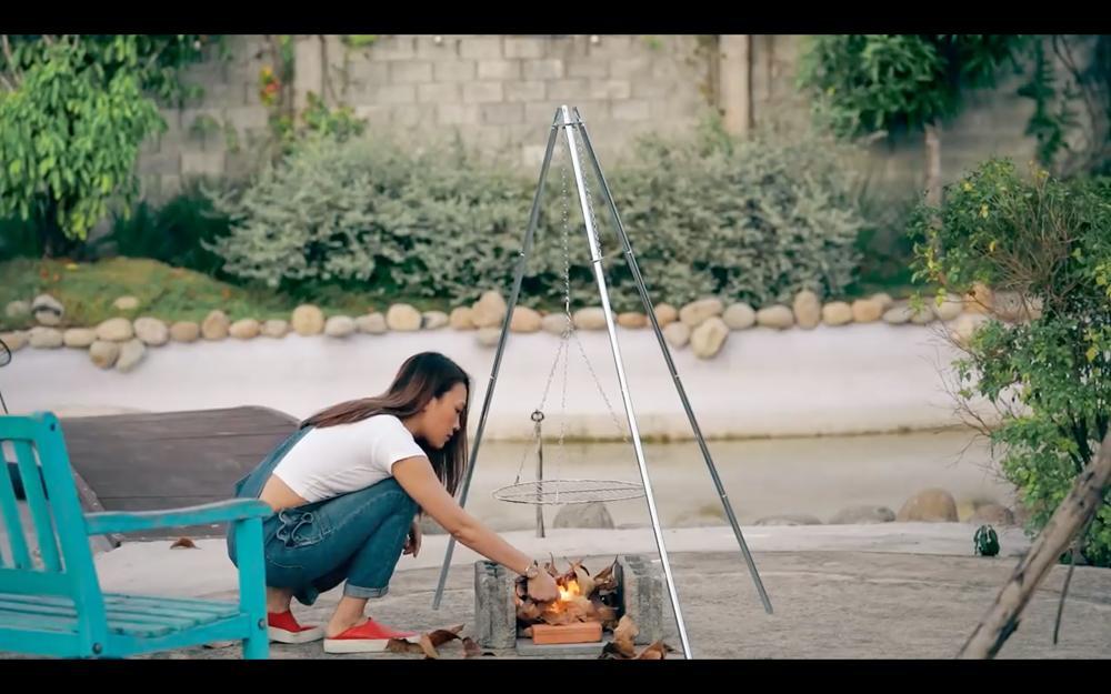 Mỹ Tâm ra MV trổ tài nướng bắp, diễn sâu thế vẫn bị fan soi ra chi tiết lạ lùng!-5
