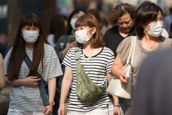 Nhiều người Hàn Quốc thờ ơ với khẩu trang giữa dịch corona vì tâm lý chắc virus nó chừa mình ra-1