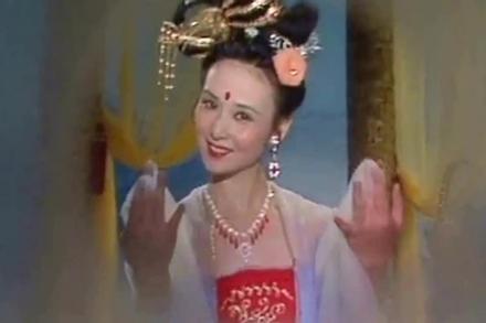 'Hằng Nga' xinh đẹp kinh điển trên màn ảnh: Mỹ nhân giàu có và bí ẩn nhất Tây Du Ký
